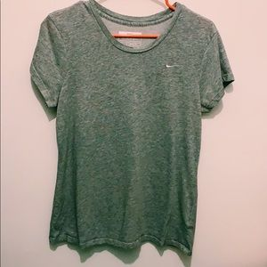 Women's NIKE gray short sleeve tee